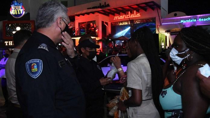 Realizó la Policía 400 exhortos en Cancún durante las vacaciones