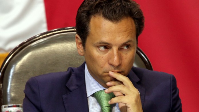 Pide FGR $1.7 millones por abrir caso Odebrecht