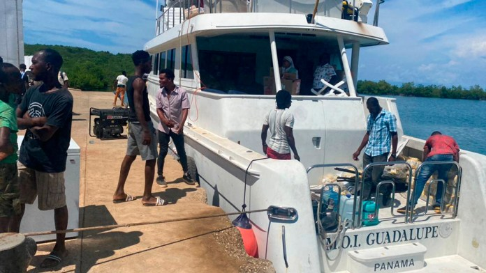 Desaparece embarcación humanitaria de regreso a QR