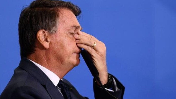 Denuncian a Jair Bolsonaro por daño a la Amazonia