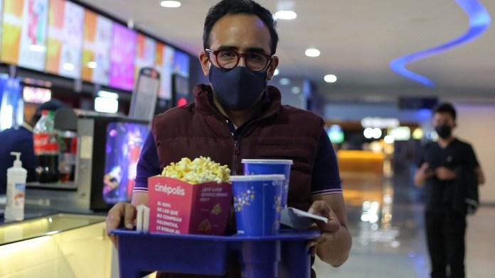 Recuperarían cines ingresos de taquilla en 2022