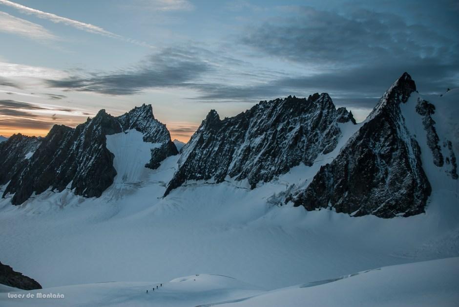 Subiendo al Roche Faurio (3765m)
