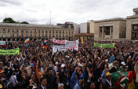 Colombia: Las luchas obreras e indígena demuestran que se puede derrotar a Uribe