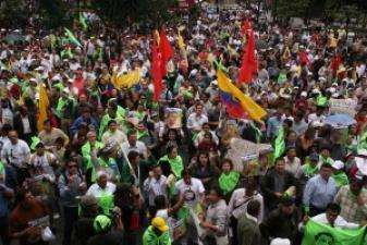 ¡Contra el Golpe de Estado en el Ecuador! ¡Movilización a la embajada de Ecuador en La Castellana!