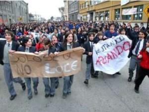 La lucha por la educación y por un Chile bien diferente