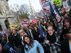 Gran Bretaña: La mayor huelga desde 1926 – ¡Ahora tenemos que pasar a la ofensiva!