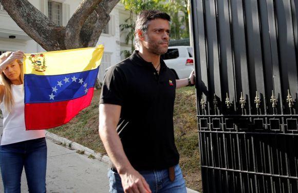 ¡Fuera Leopoldo López de la embajada española en Caracas!