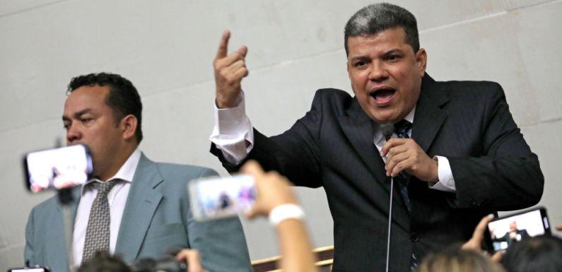 Corrupción y caos institucional: la política venezolana en estado de descomposición