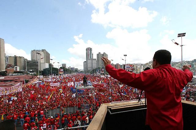presidente chavez mitin