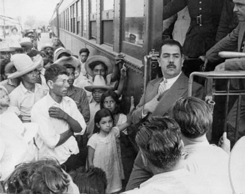 Lazaro Cardenas nacionaliza ferrocarriles 1937