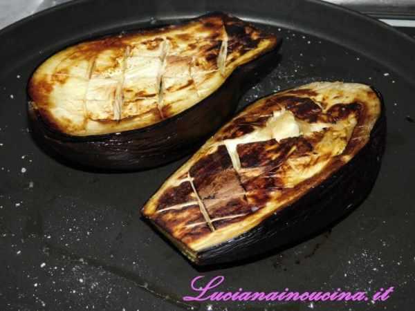 E cuocere a 200°C per circa 20-25 minuti (oppure 10 minuti con il piatto crisp nel microonde).
