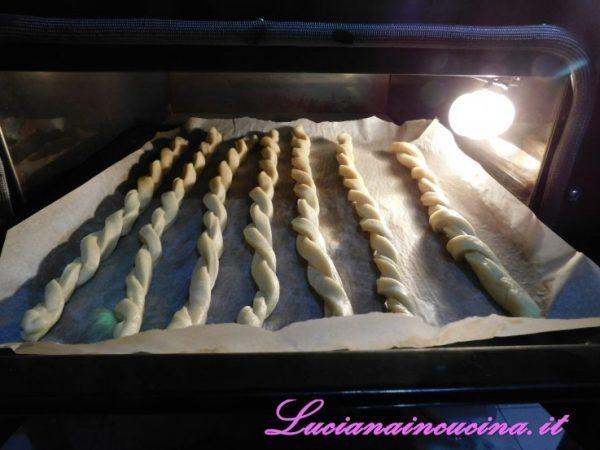 Cuocerli in forno a 180°C per circa 20 minuti.
