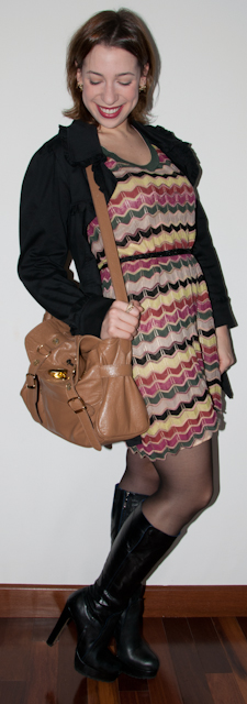 Blog de moda: como usar vestido curto Missoni com bota e trench coat - look do dia - blog de moda