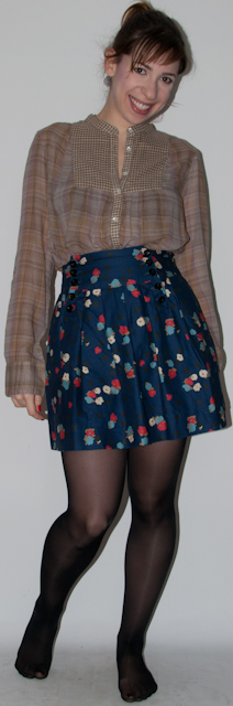 Blog de moda: como usar saia florida Urban Outfitters, tricot, ankle boot arezzo, speedy louis vuitton - look do dia
