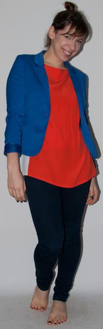 Como usar cores - look colorido com calça skinny, blusa laranja de crepe e sandália nude. Blazer. Look do dia no blog de moda