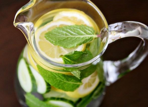 como desinchar - como eliminar líquidos - como acabar com retenção de líquidos - bebida detox
