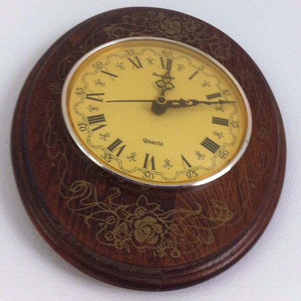 1990 French wood clock