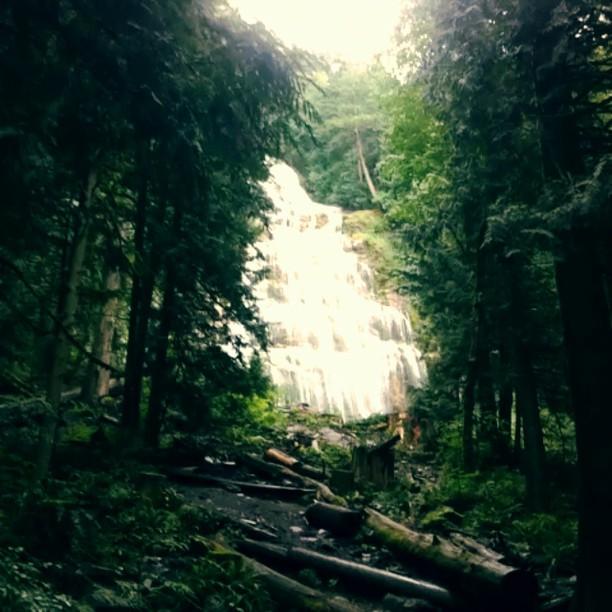 Bridal Falls, BC, a short nice hike