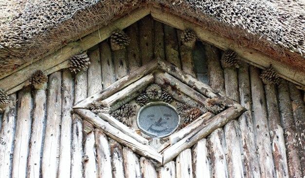 bears hut roof