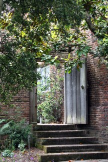secret door at sissinghurst