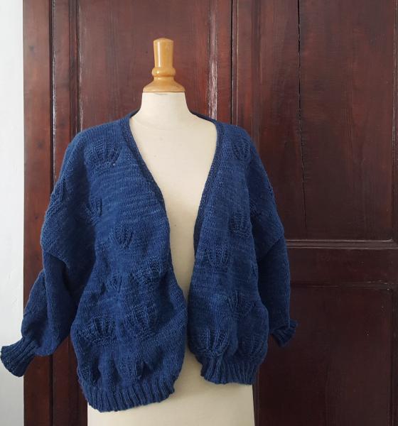 gilet coquille terminé en laine indigo