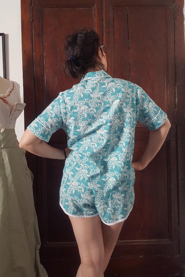 dos du pyjama Amour en popeline de coton imprimée Amandine Cha