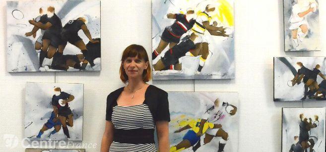 art rugby : l'article de la montagne sur lucie LLONG, artiste peintre du mouvement lors de son exposition de peinture sur le sport à Ussel