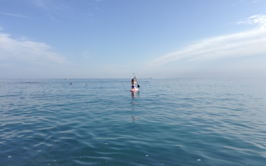 Paddle Board Yoga and Paddle Board Pilates: All the Fun You can Have with a Strong Core!