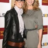 Lesbian country star Chely Wright has given birth to twin boys.