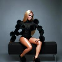 Lil Kim Recovering After Car Accident
