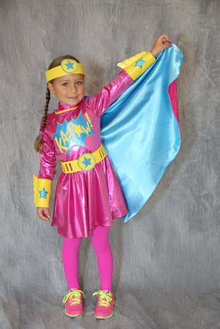 KAPOW! This Supergirl is TOO CUTE this weekend at the Lucille Khornak Gallery for the Costume Parade in Southampton, NY