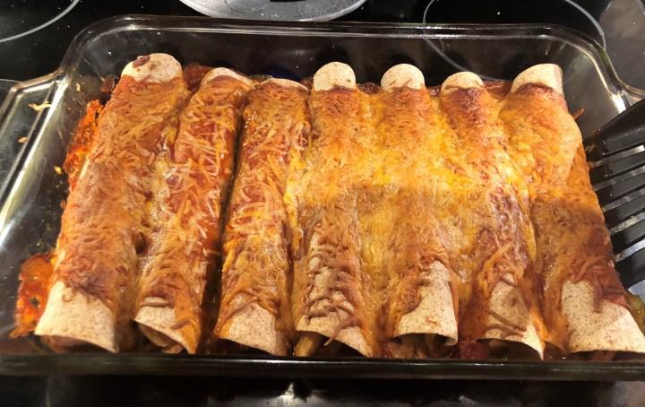 Chicken Enchiladas // @2souschefs
