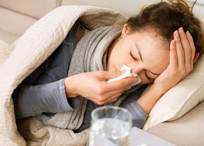 Как очень быстро заболеть? Как быстро заболеть в домашних условиях: ангиной, простудой, с температурой по настоящему? Как заболеть гнойной ангиной.