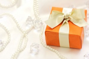 母の日はネックレスをプレゼント!30代、40代の母親・女性のブランド