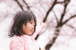 小学校入学式の女の子の服装はワンピースがおしゃれで人気な子供服