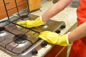 コンロ掃除の仕方!焦げや油汚れの落とし方・コツを知って毎日ピカピカに