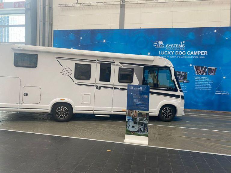 Messeaufbau für den Caravan Salon 2021 hat begonnen