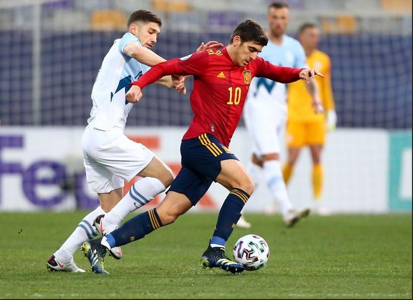 """Gonzalo Villar: """"Saya Nyaman Dengan Rival Di Atas Karena Saya Melakukan Tawar-Menawar Dengan Tubuh Saya"""""""