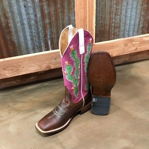 Macie Bean Women's Prickled Pink Square Toe Boot M9132