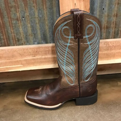 Women's Ariat Round Up Wide Square Toe Boot 10016317