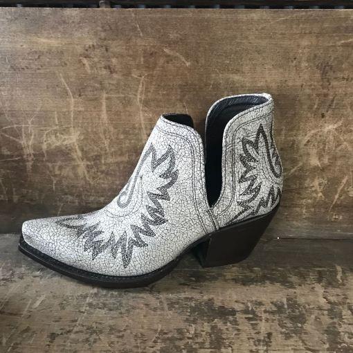Women's Ariat Dixon Western Bootie in Blanco 10027284