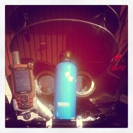 SIGG Flasche, Garmin GPSmap 62s, Suzuki DL1000 VStrom