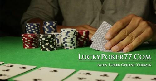 Agen Judi Poker Online Dengan Bank Permata