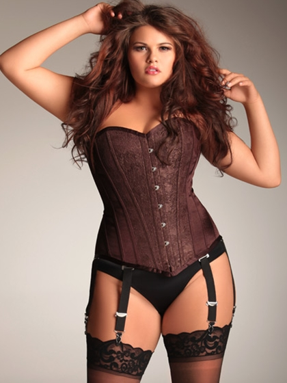 corsets Curvy women in