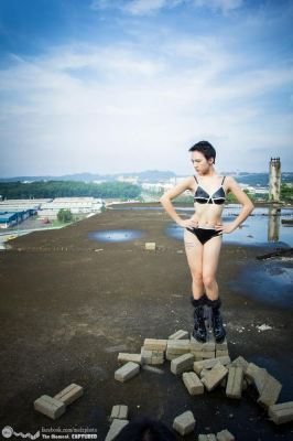 """December 2012, natural waist 26"""""""