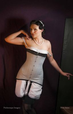 Titanic Era corset by Prior Attire