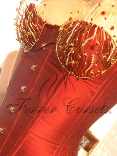 """""""Carmim Passion"""" adorned cupped overbust, made by Ferrer Corsets in Brazil"""