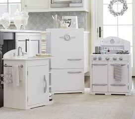 Stylish Kid Play Kitchens