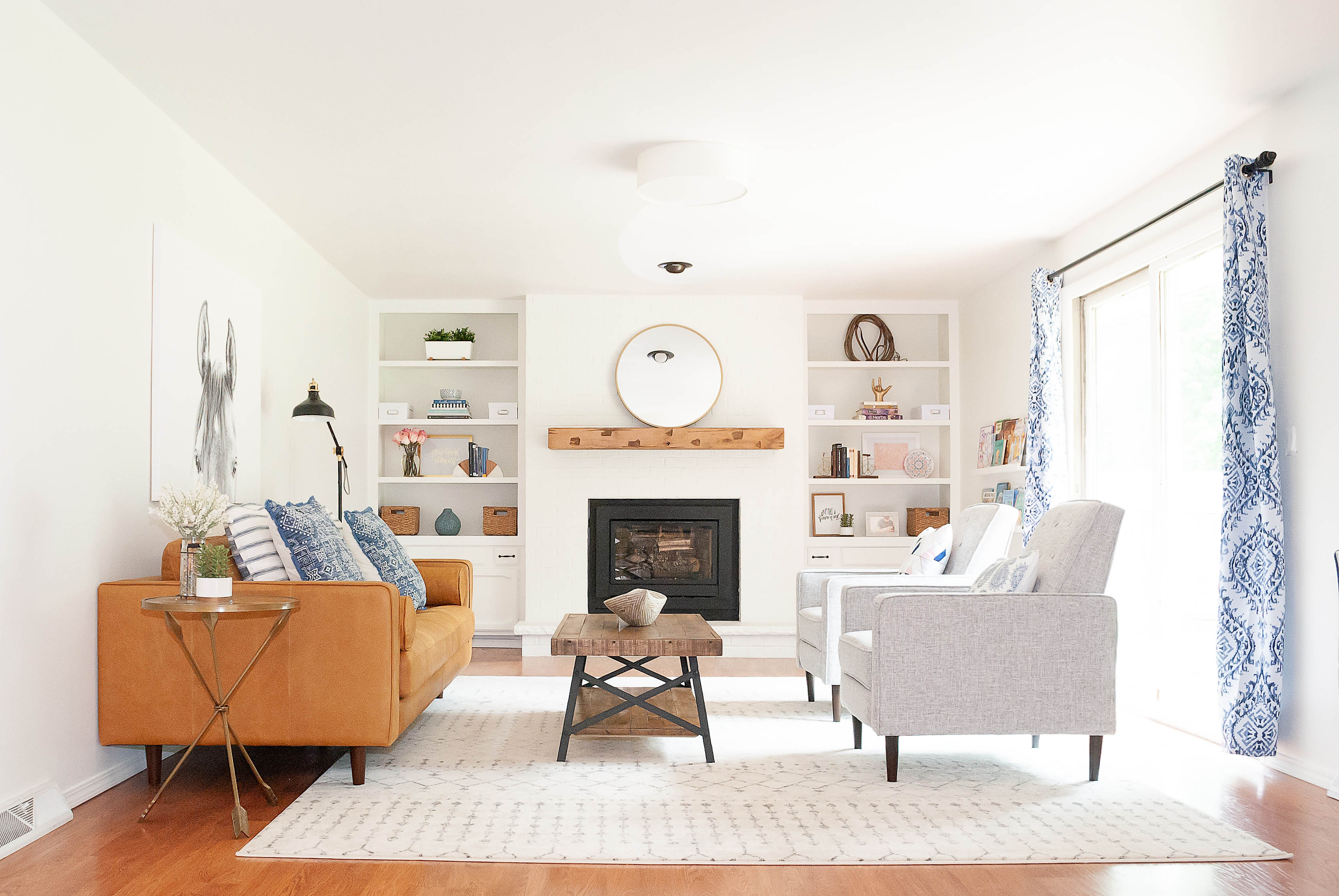 Living Room Furniture and Lighting Sources