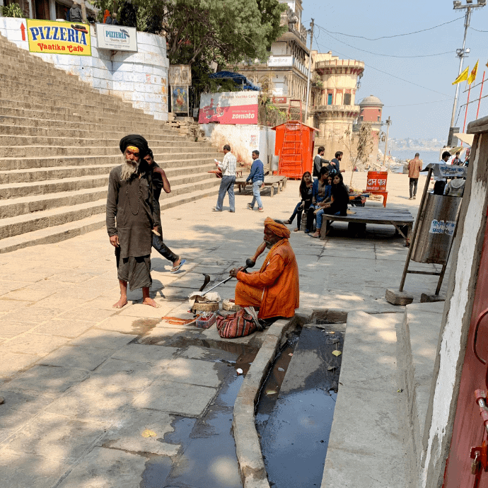 dos and don't in varanasi